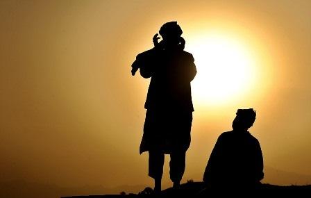 http://dpcpasarminggu.files.wordpress.com/2008/10/ramadan31-s.jpg